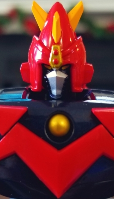 Voltes V close front close up